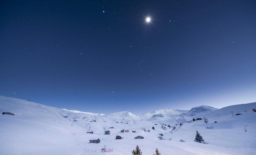 Traumhafte Winterlandschaft in den Heubergen oberhalb von Fideris - © Fideriser Heuberge