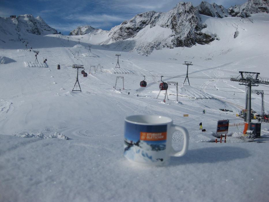 Początek sezonu 2014/2015 na Stubaiu - © Stubaier Gletscher