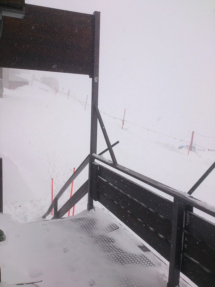 Cervinia, Neve fresca 10 Novembre 2014 - © Rifugio Guide del Cervino