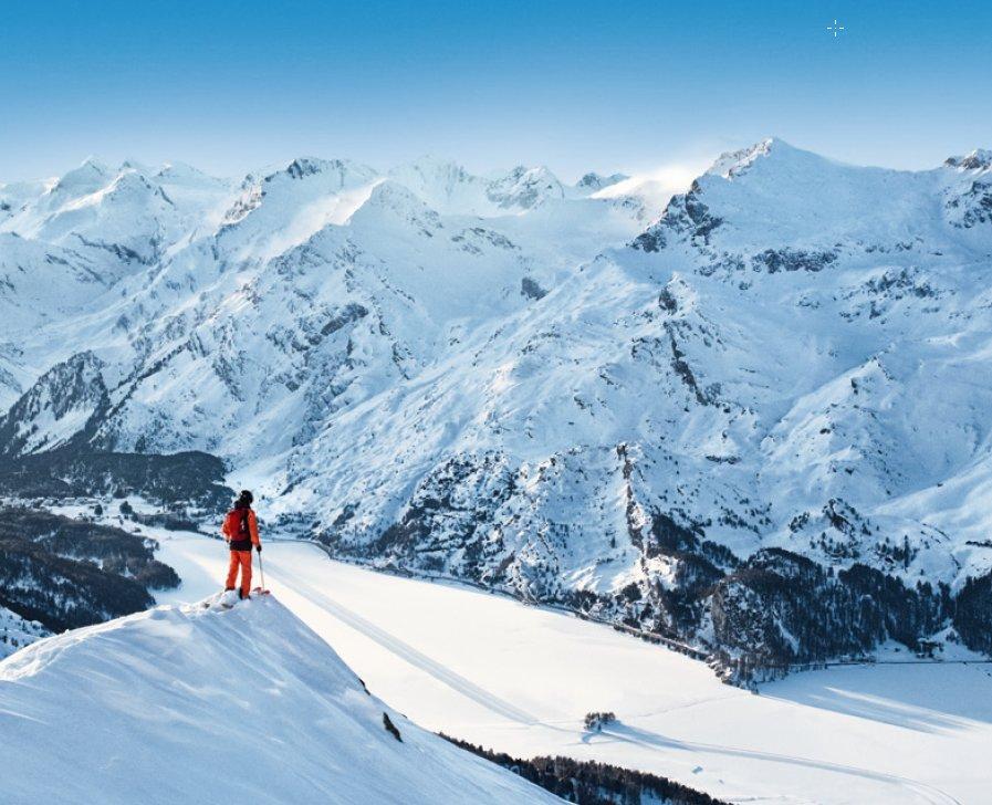 Freerider im Skigebiet Corvatsch Furtschellas - © Engadin St. Moritz