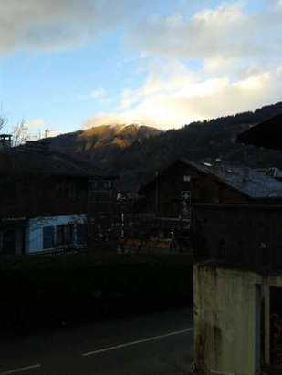 Morzine is not open - no snow unfortunately.
