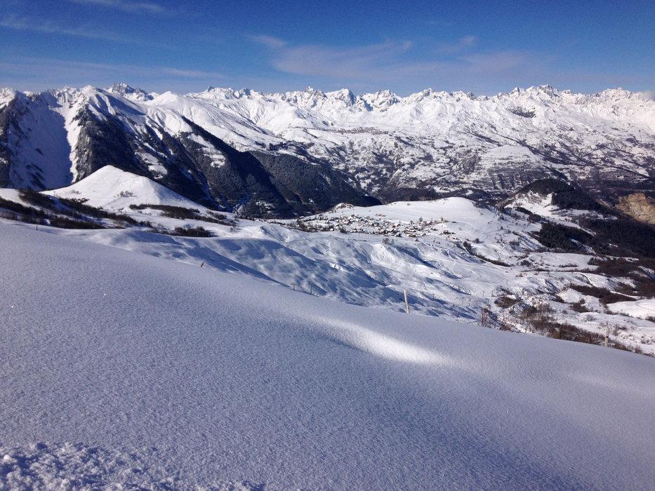 Paysage hivernal sur les hauteurs d'Albiez Montrond - © OT Albiez / M. Fumaz