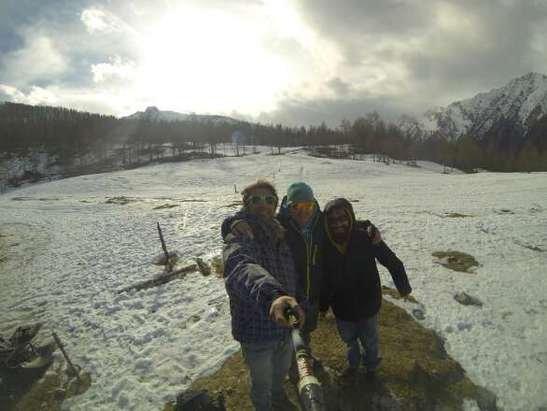a circa 1800mt si trova la prima neve. oggi impianti chiusi