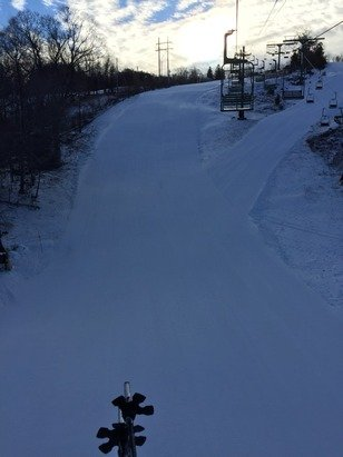 A perfect morning today at Mt Peter - it's a small mountain - but the grooming is fantastic - perfect for getting some turns in- staff is always friendly