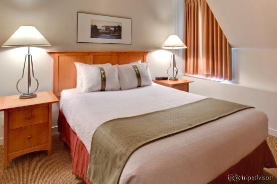 Holiday Inn Whistler Village Center