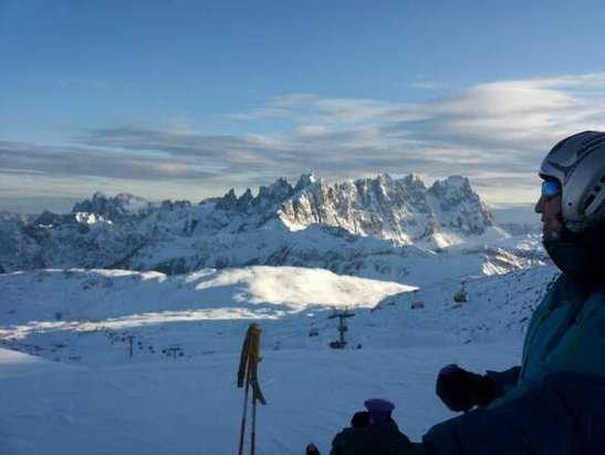 bella giornata, neve molto buona piste ottime finalmente si scia bene.