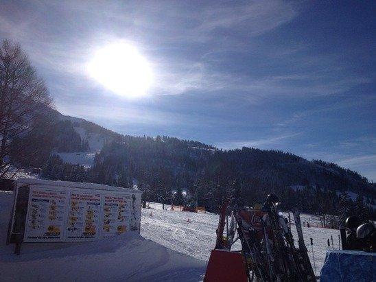 Strahlender Sonnenschein und super Schnee
