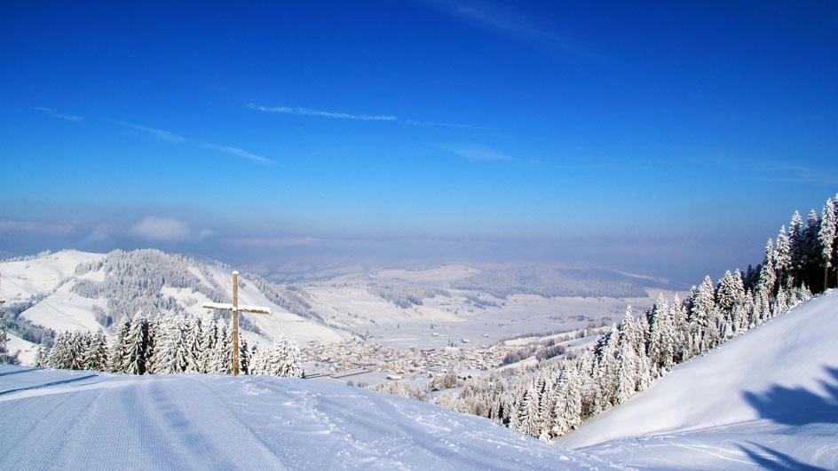 Die Aussicht vom Berg aus, ist fantastisch - © Skilift Neusell