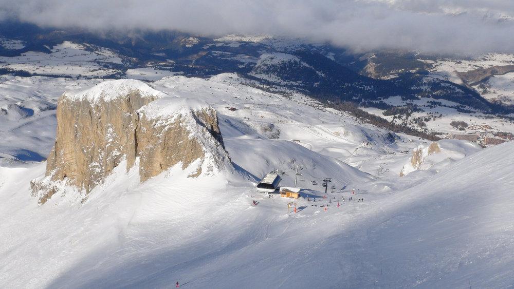 Vue depuis le sommet du Pierra (2500 m) - © Stéphane GIRAUD-GUIGUES / Skiinfo.fr