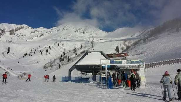 07/02/15  snowpark aperto e piste stupende ottimo tempo!!