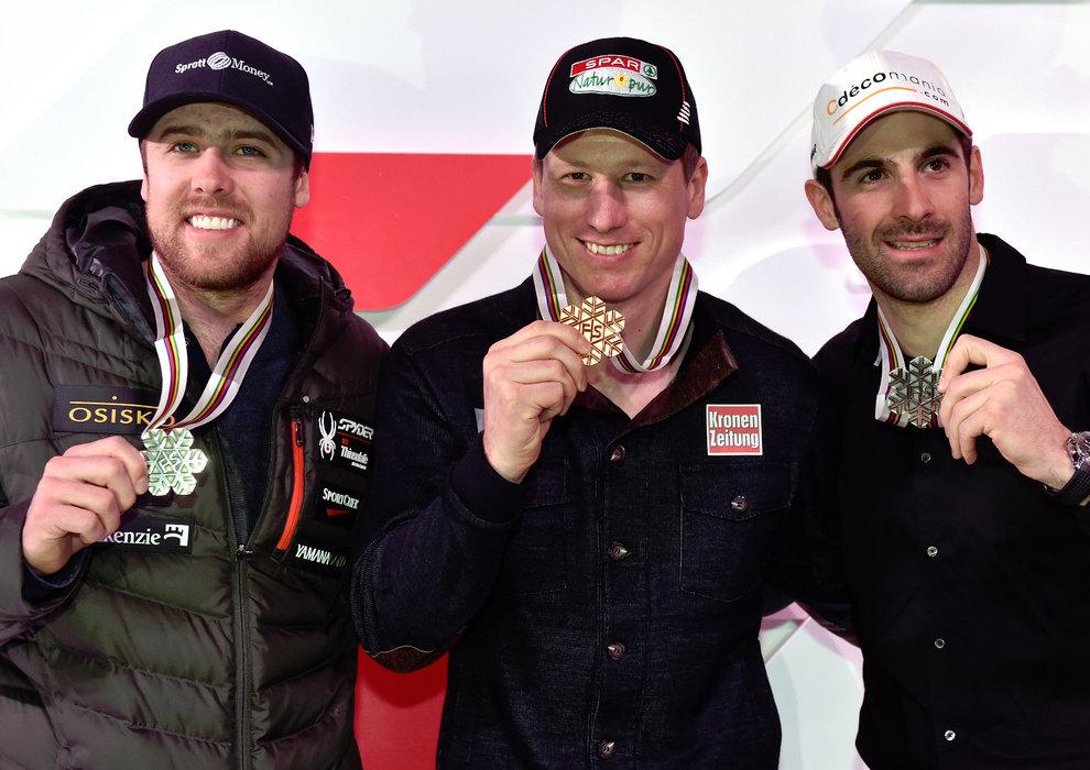 Medaillenempfang in der Audi Lounge: Dustin Cook (CDN), 2. Platz, Hannes Reichelt (A), Sieger und Adrien Theaux (F), 3. Platz - ©Audi Media Service