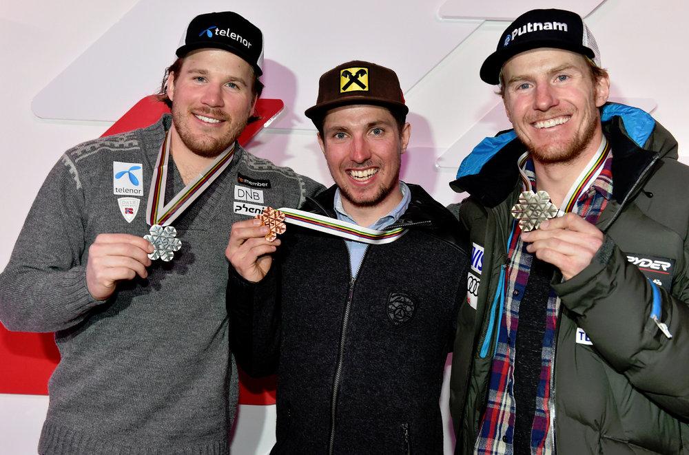 Medaillenempfang in der Audi Lounge, von links: Kjetil Jansrud (N), 2.Platz, Marcel Hirscher (A), Sieger und Ted Ligety (USA), 3. Platz - ©Audi Media Service