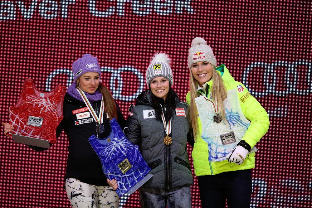 FIPodium Super-G, von links: Tina Maze (SLO), 2. Platz, Anna Fenninger (A) Siegerin und Lindsey Vonn (USA), 3. Platz - ©Audi Media Service