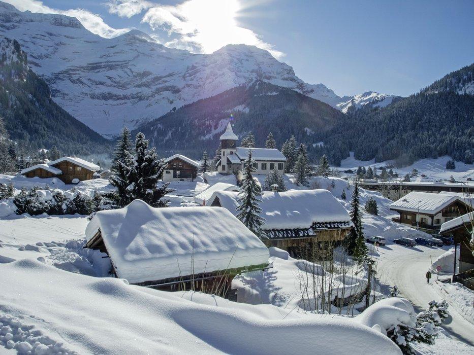 Par une belle journée d'hiver aux Diablerets - © Christophe Racat