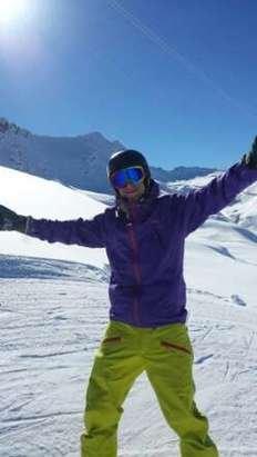 Neve al Top tanta neve e uno dei posti migliori x serfare.....