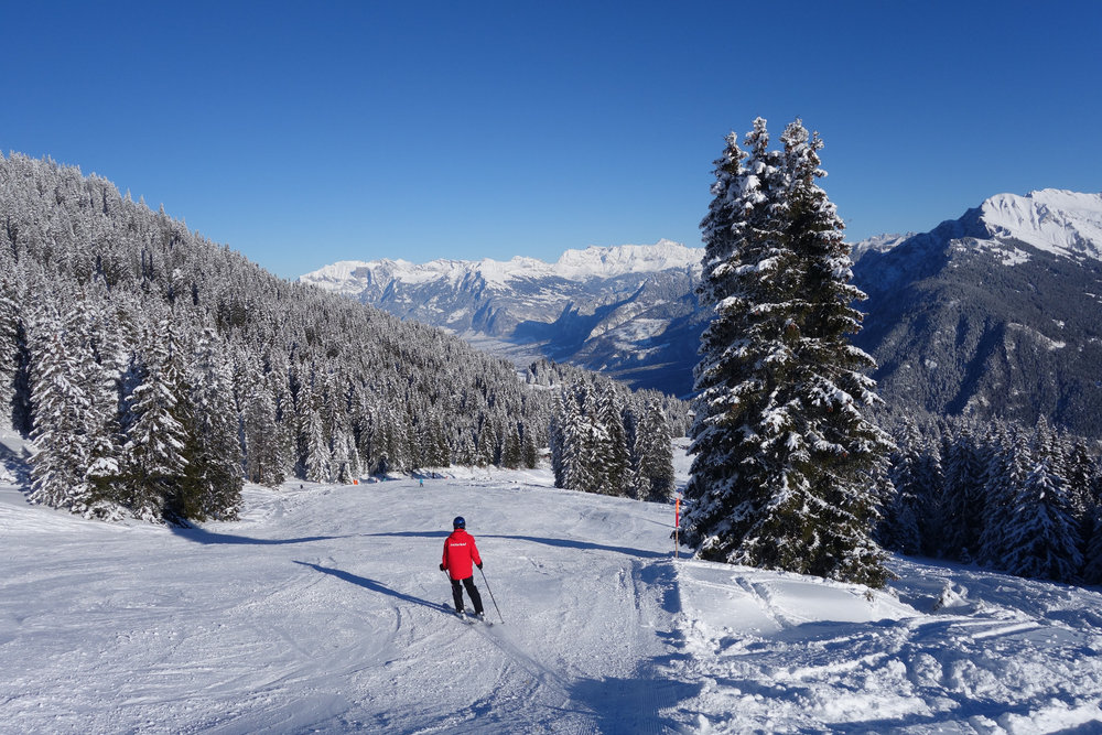 Skifahren mit immer neuen Perspektiven - © Chur Tourismus - Michael Christ