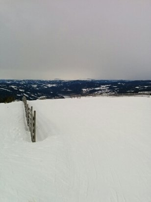 Hafjell - great weather few people in the slopes