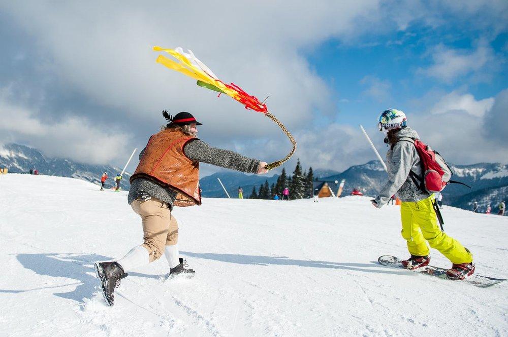 Šibačka, oblievačka a lyžovačka v Jasnej - © TMR, a.s.