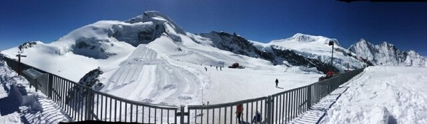 Saas Fee - after a frustrating 3 days last week when all lifts were closed due to high winds, snow and skiing conditions are superb especially above Morenia. End of season skiing at its best! - ©Gary & Lucy