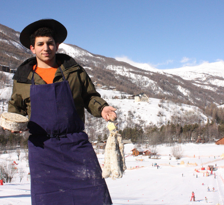 « Délice glisse » au Val d'Allos: le planté de fourchette les skis aux pieds ! 28 & 29 mars 2015 - ©Office de Tourisme du Val d'Allos