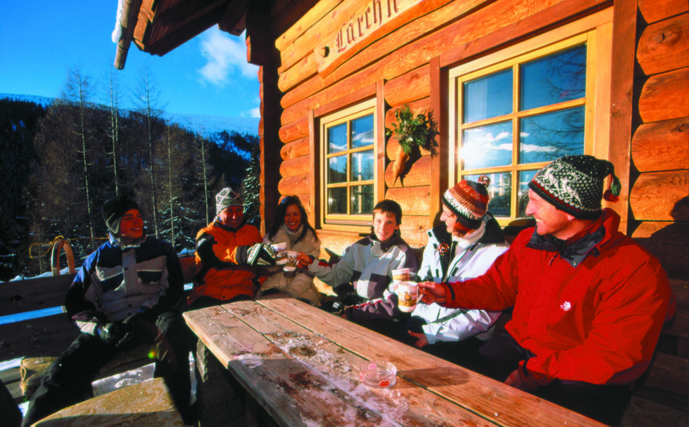 Some visitors taking a break from the slopes in Bad Kleinkirchheim, AUT.