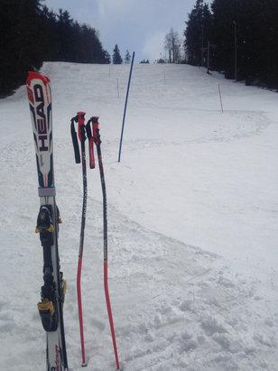 Makov Kasárne - Zóna Snow - Vleky už nejdú, ale snehu je dosť. - © Jan
