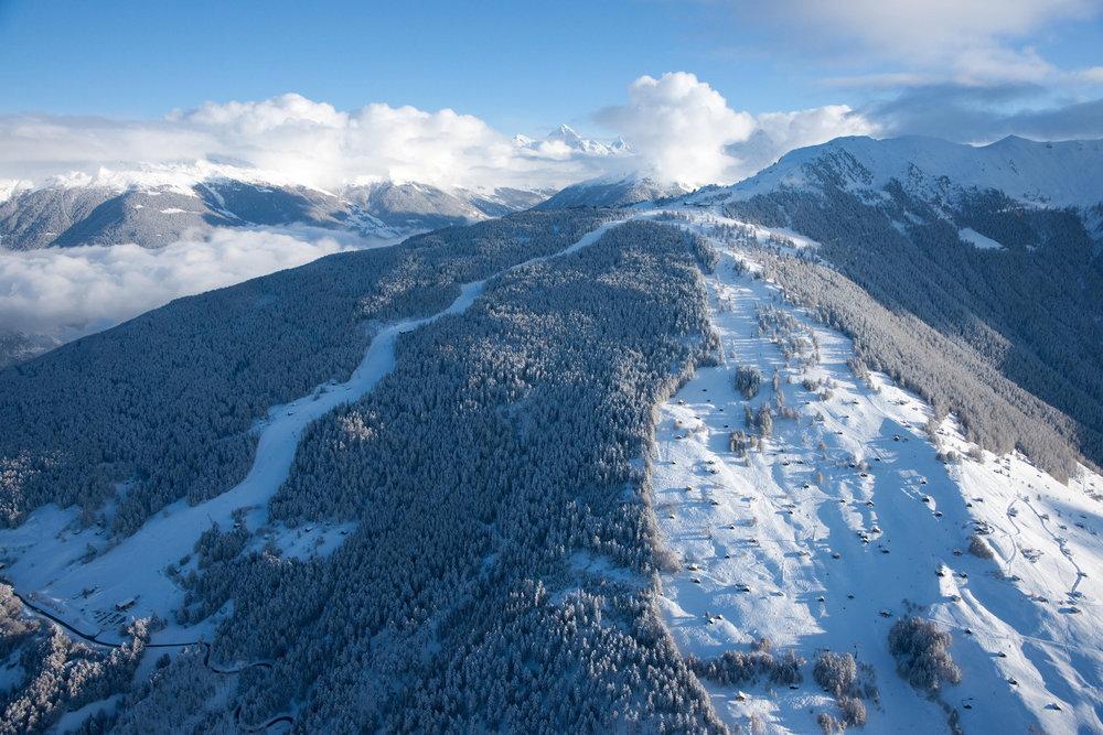 Veysonnaz et sa fameuse piste de l'Ours - © lafouinographe.com