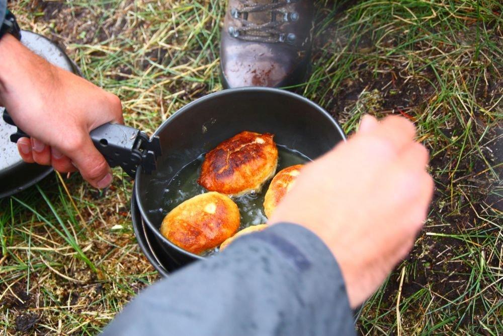 Frittierte Schoko-Teig-Bällchen - © Frieda Knorke