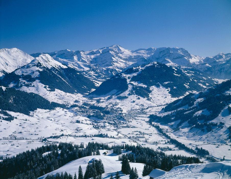 Gstaad - © Gstaad Saanenland Tourismus