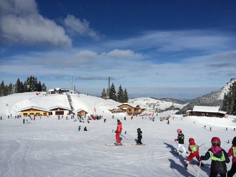 Apprentissage du ski sur le domaine de Bernex