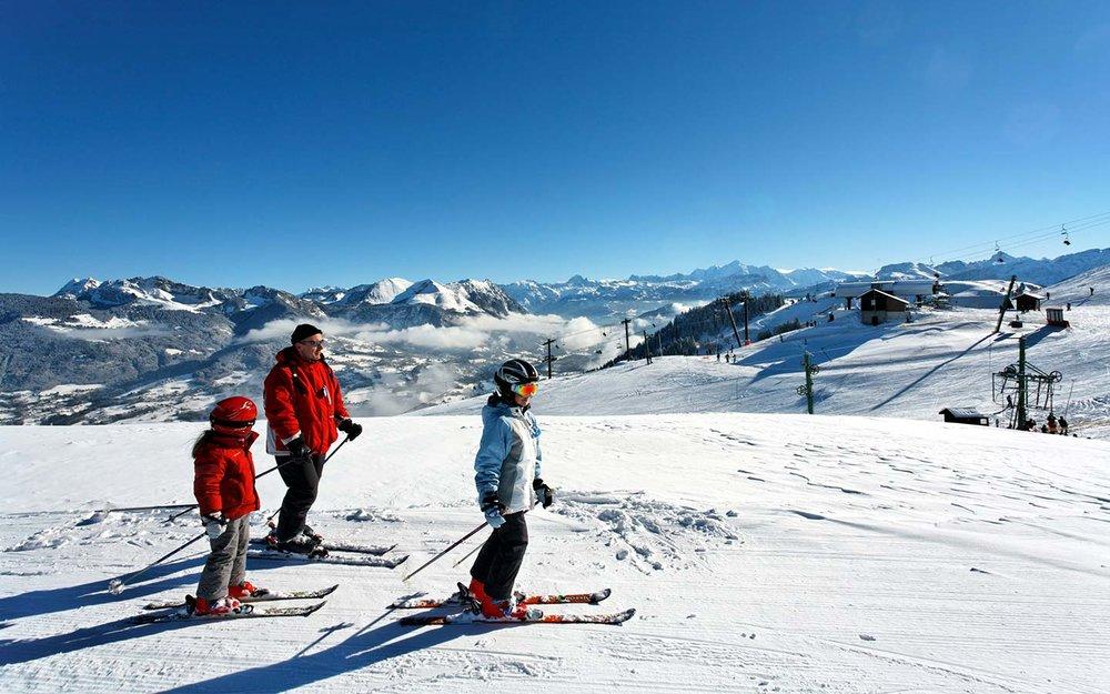 Ski en famille sur le domaine des Brasses