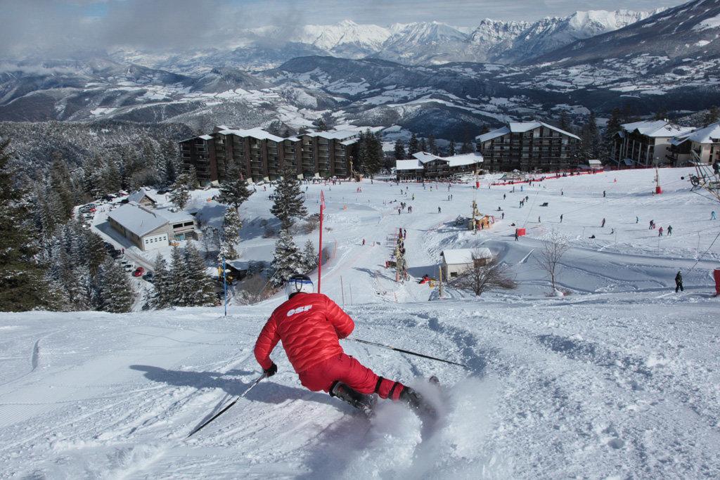 Ski sur les pistes de Chabanon