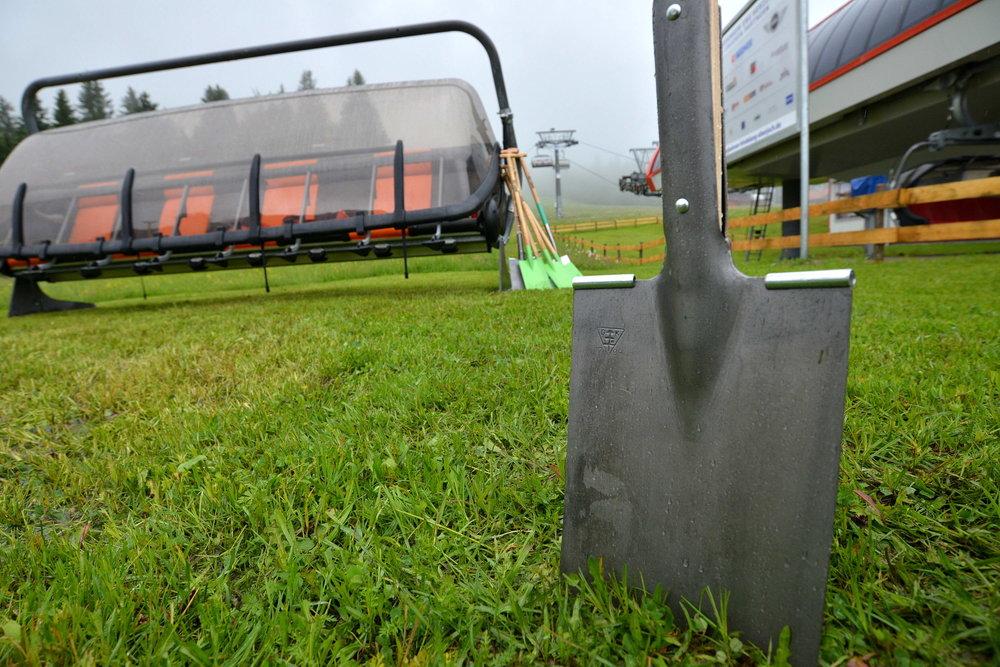. Im Hintergrund ist einer der neuen Achter-Sessel zu sehen. - © Wolfgang B. Kleiner/Bergbahnen Hindelang-Oberjoch