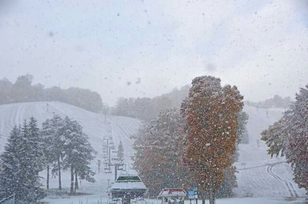 Boyne Highlands - first snow (picture from Boyne hihglands face book page) - © scubastevenn