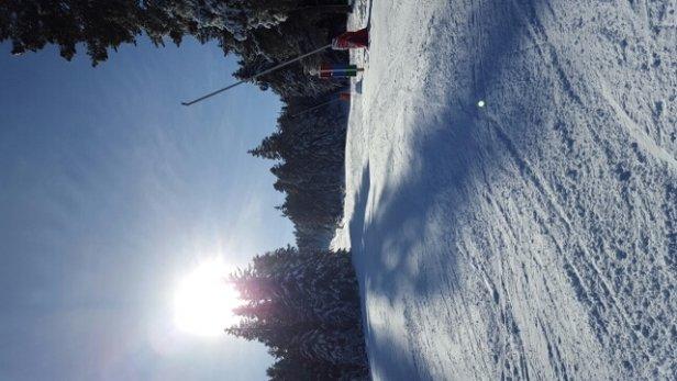 Ax 3 Domaines - super neige,  peus de monde . très agréable  - © teddy