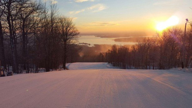 Spirit Mountain - fantastic groomers and sweet park sets...wish there were more slopes, but sure is awesome for opening weekend with all the mild weather!! - © Anonymous