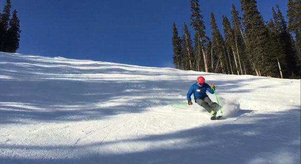Nakiska Ski Area - Good conditions on Gold. - © peak2peakski