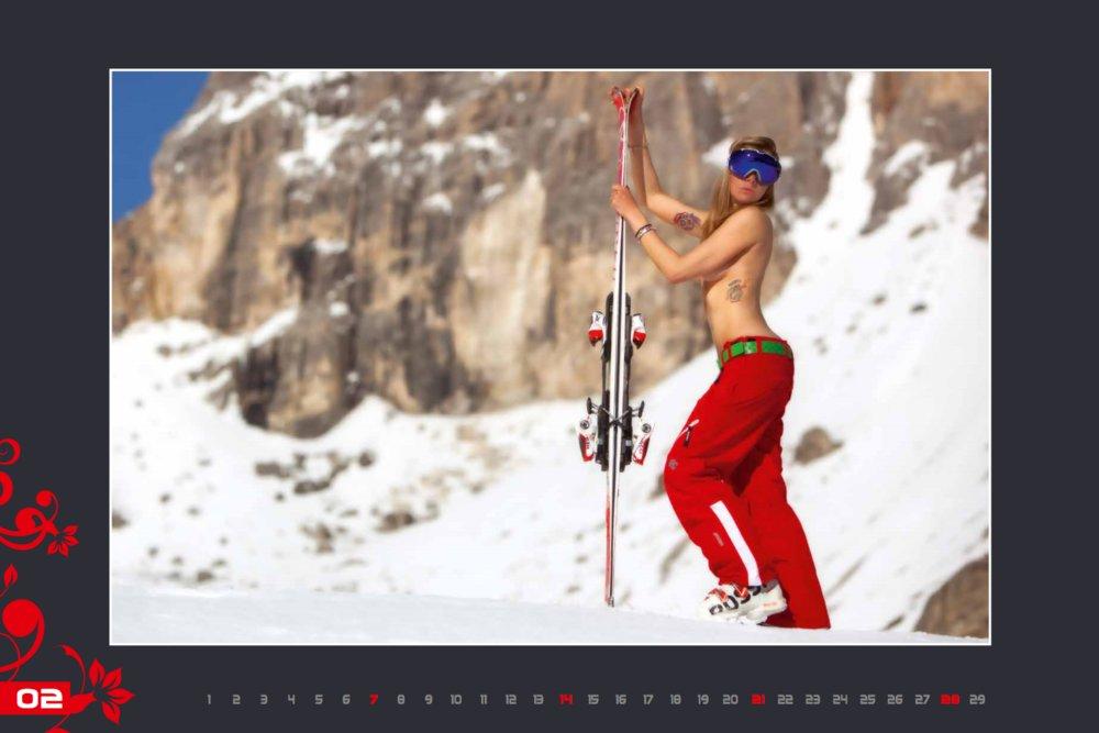 Miss février (calendrier des monitrices de ski de Val Gardena au profit de la recherche contre la leucémie) - © Scuola Sci Selva http://www.scuolasciselva.com - Robert Perathoner ski instructor & photographer - www.foto-prodigit.com