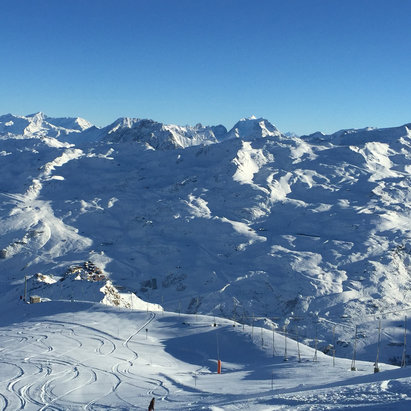 Les Menuires - Had a great powder morning at La masse - ©eric's iPhone