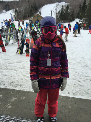 Mount Sunapee - Very well groomed and great morning to ride... Started getting scratchy around noon - © MoorzzyBG
