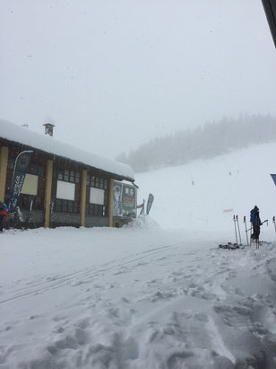 Courmayeur - Lots of snow today and more to come in the next couple of days - © Terry's iPhone
