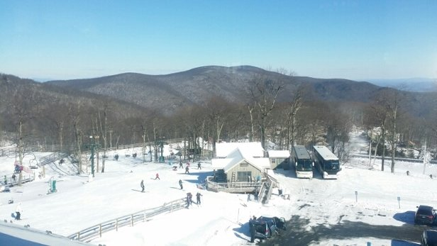 Wintergreen Resort - Not crowded but plagued by beginners stopping lifts.  Man made snow with no bare spots.  Frigid 4 deg but sunny.  - © jeffmmiller3