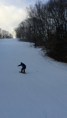 Mount Southington Ski Area - The snow was great! They had the makers blowing all day and powder all around. Only ice at the base but that makes sense. - © Austin Mascia