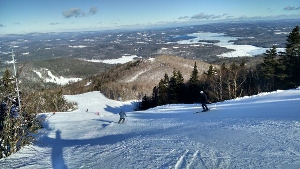 Mount Sunapee - First in line Thursday morning. Beautiful conditions! The snow and grooming was great. I did not want to stop. but, work was calling. - © runxcclark