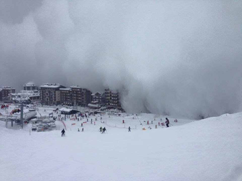 Eine heftige Lawine ging in Cervinia am 12.1.16 hinab - zum Glück ging alles glimpflich aus - ©  Scuola di Sci e Snowboard del Cervino Facebook