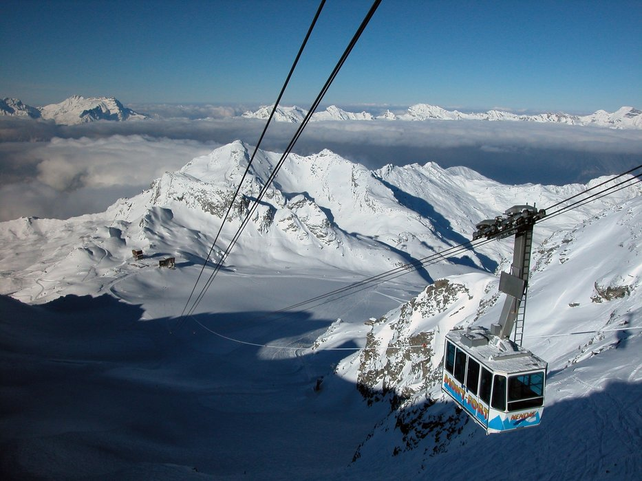Nendaz SUI Tortin-Gentianes cable car
