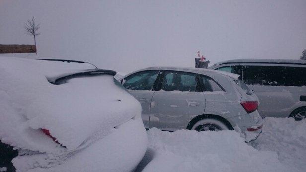 Les Crosets - Gute Verhältnisse aber oft Eis. Heute Neuschnee mit Sturm viel verweht!   - © mann.simon1993