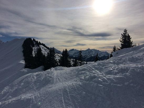 Gstaad - Schönried -    - ©I045435's iPhone