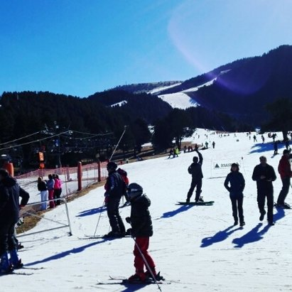 La Molina - icey conditions from sat no new snow  - ©frankieleecooper