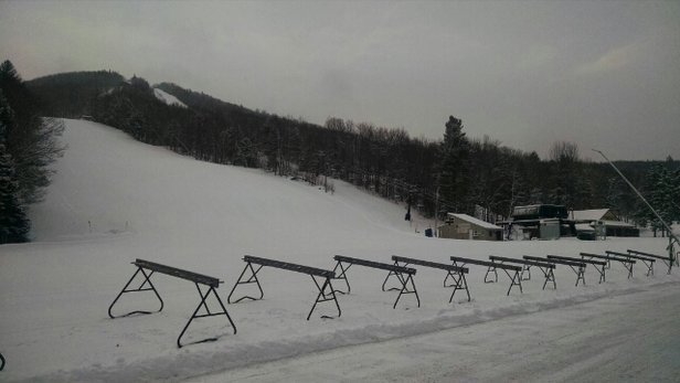 Mount Sunapee - [! skireport_firsthandpost_pagetitle ] - © elroyjj